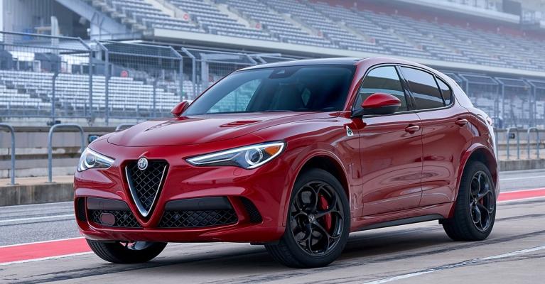 Alfa Romeo Stelvio desde 433€/mês