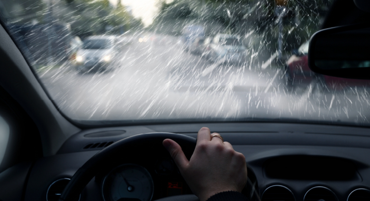 Condução em tempo de chuva - Quais os cuidados a ter?