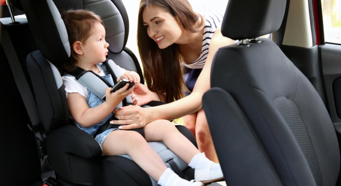 Como colocar uma Cadeira de Bebé no carro e quais os cuidados a ter?